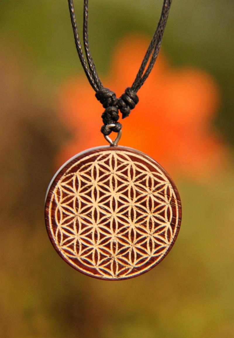 2a6e97618 Dřevěný náhrdelník